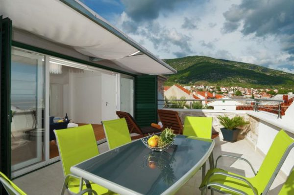 Villa Majestic - Kroatië - Midden Dalmatië - 12 personen - dakterras