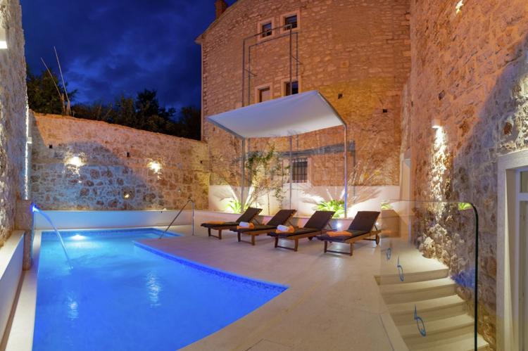 Villa Majestic - Kroatië - Midden Dalmatië - 12 personen - privé buitenzwembad