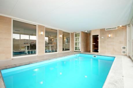 Luxe Beveland met Zwembad - Nederland - Zeeland - 12 personen